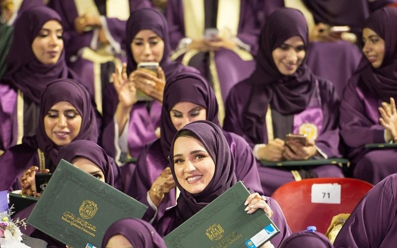 1303 Students from Scientific Colleges Graduate