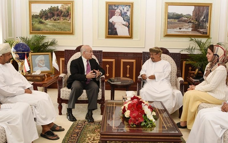 University of Denver Explores Ties with SQU