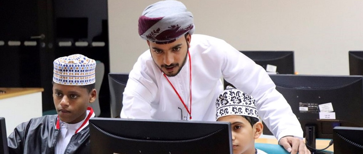 SQU Organizes Technology Camp for Kids
