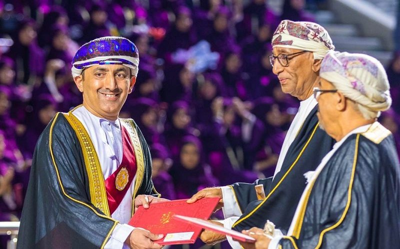 1639 Students from Humanities Colleges Awarded Degrees